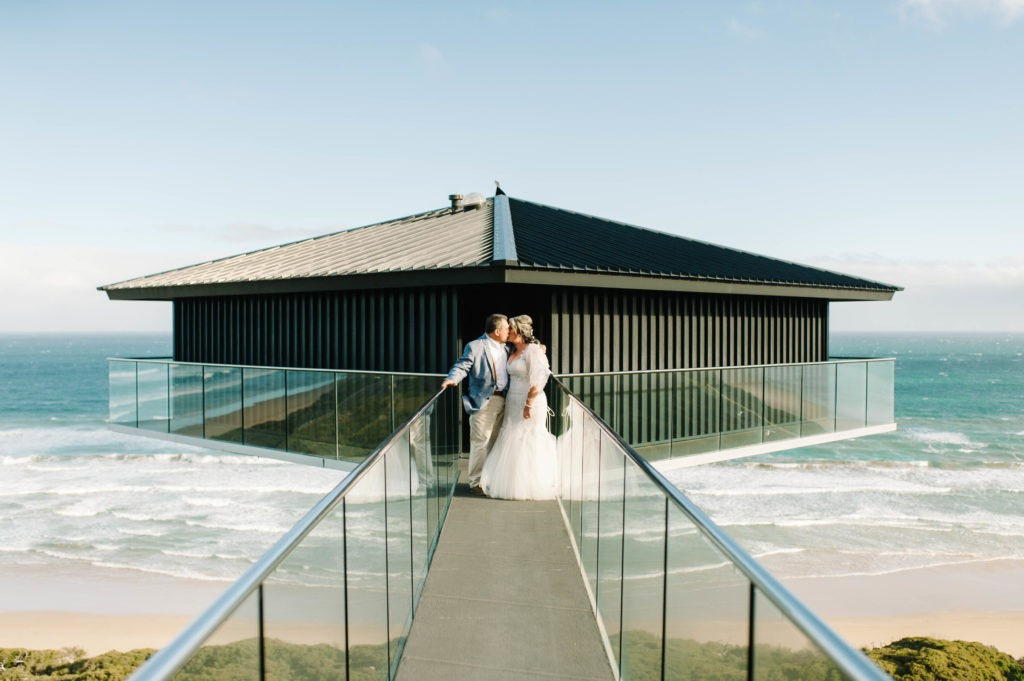 bride & groom kissing at eloping in Victoria ceremony at Great Ocean Road